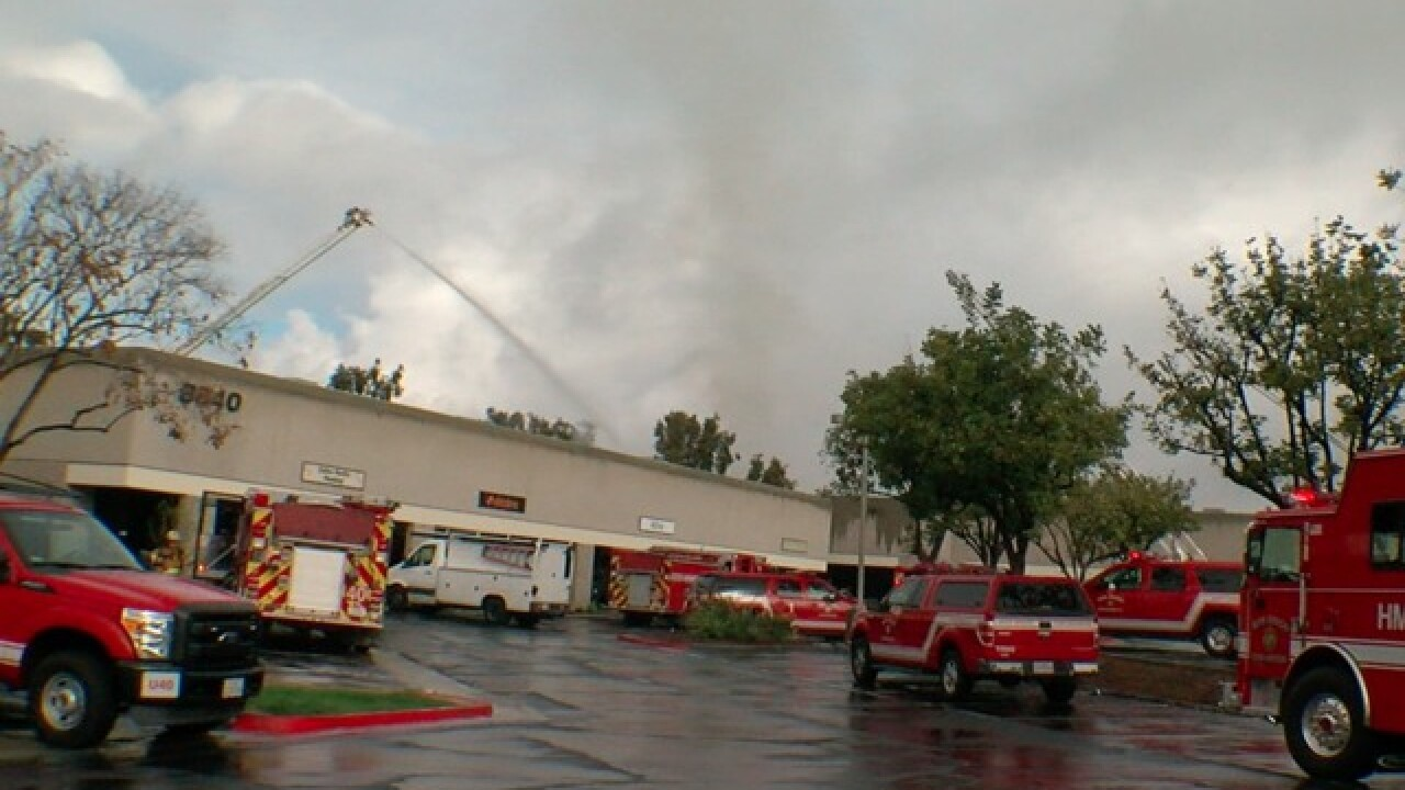 Fire erupts at commercial building in Miramar