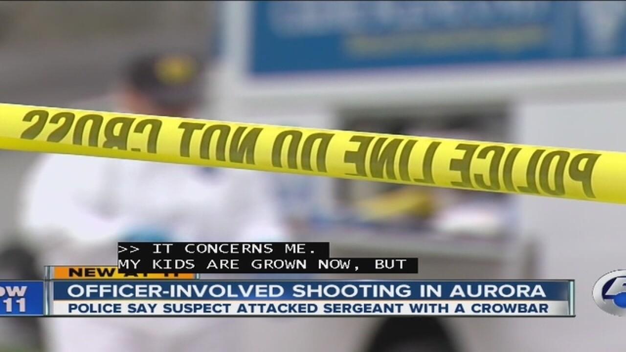 PD: Suspect attacks Aurora oficer with crowbar