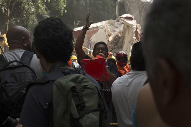 Photos: Massive Mexico earthquake kills hundreds, levels buildings
