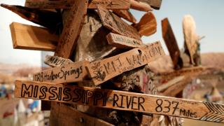 Judge orders temporary shutdown of controversial Dakota Access Pipeline