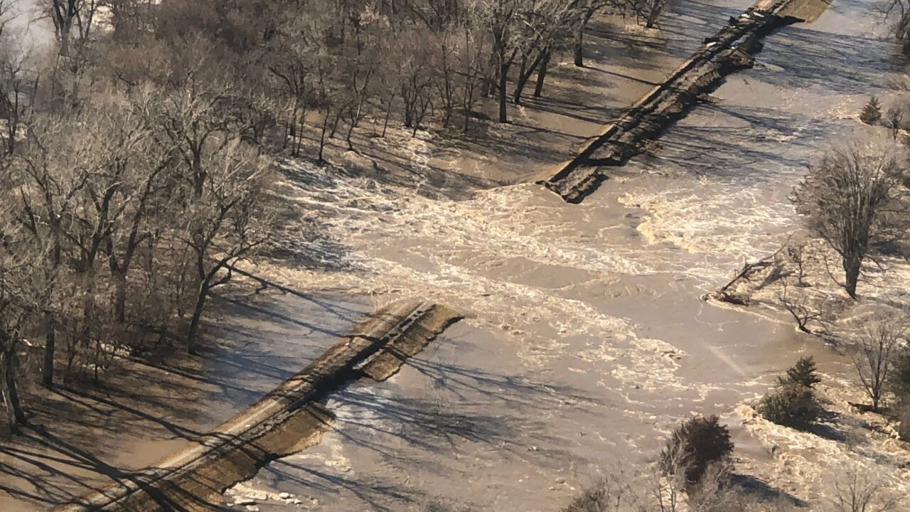 U S  Army Corps of Engineers issues update on levee breaches