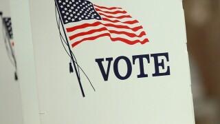 Clark County demonstrating new voting machines