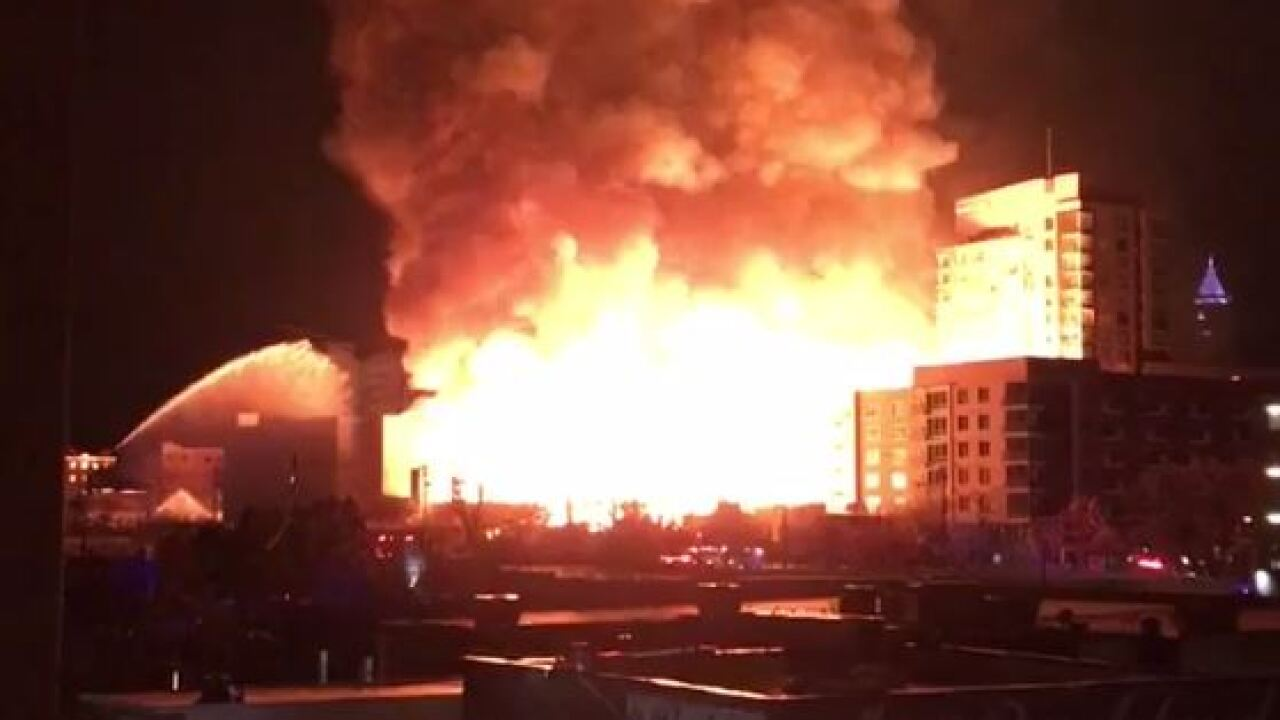 Videos show massive 5-alarm fire in downtown Raleigh