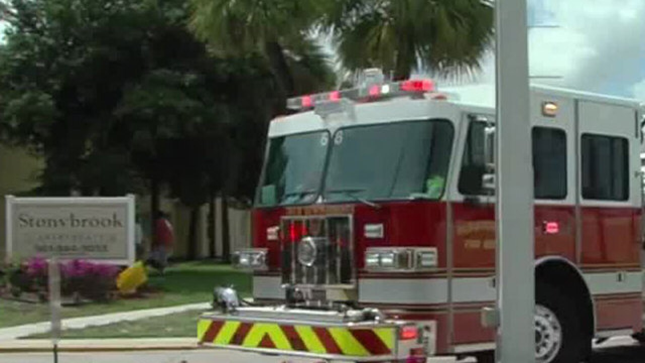 8 people displaced by fire at Stonybrook apartments in Riviera Beach