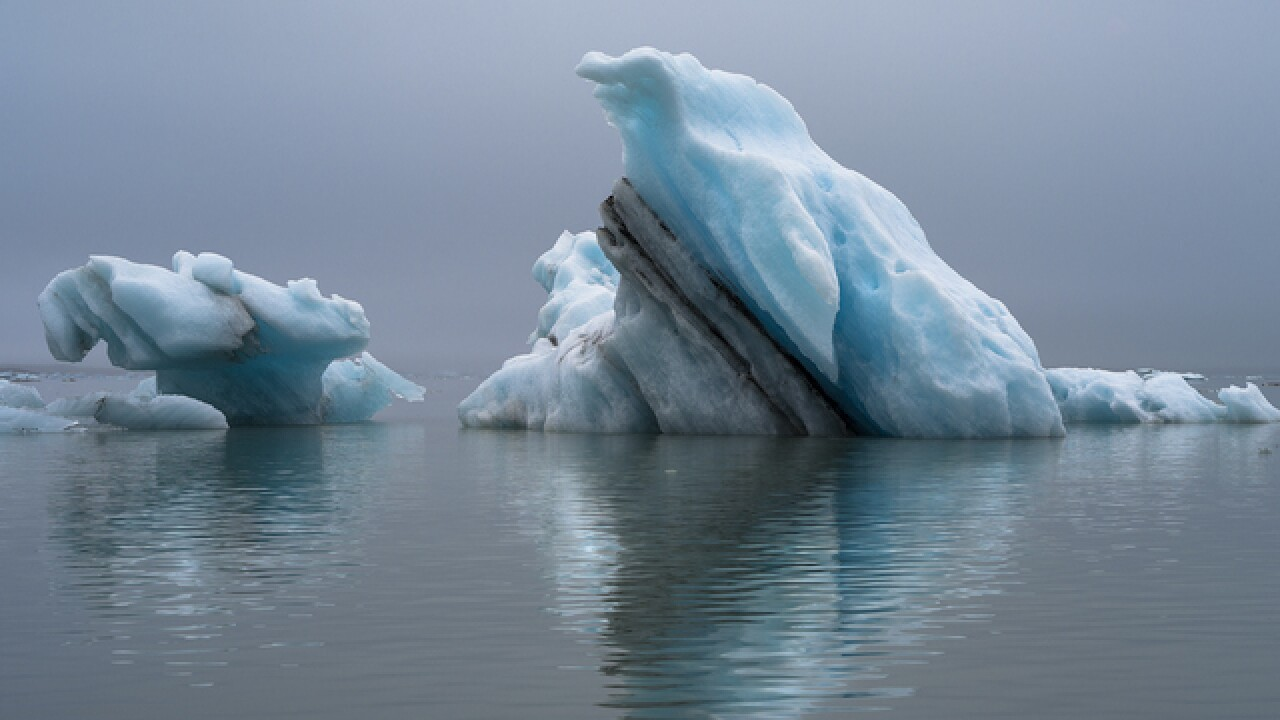 Photos show global warming's change & beauty