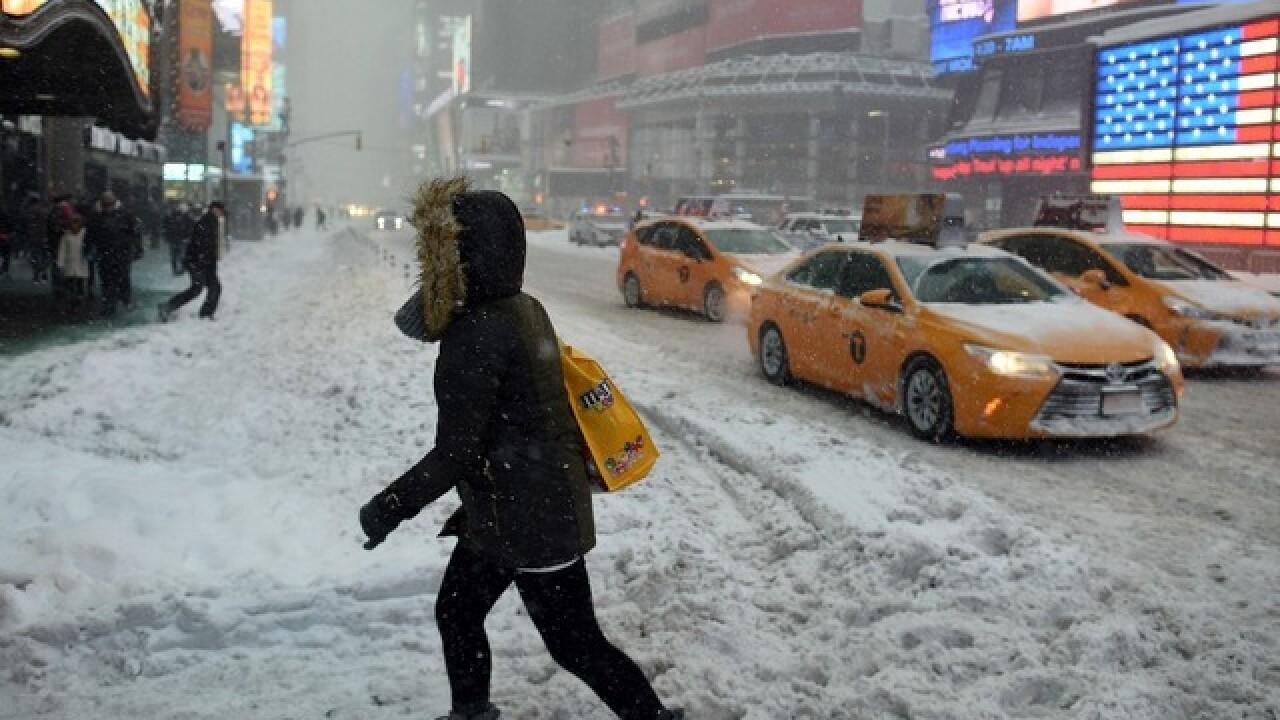 LIVE CAMS: Times Square & Rockefeller Center
