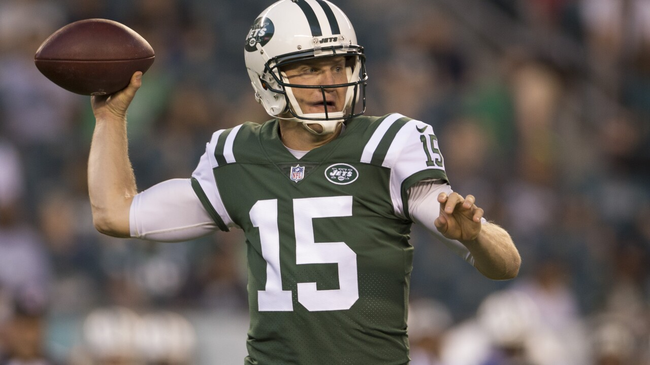 40-year-old quarterback Josh McCown agrees to contract with Philadelphia Eagles