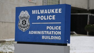 milwaukee police hq.JPG