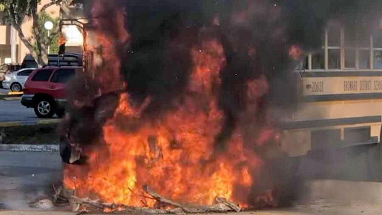 wptv-tamarac-bus-fire-.jpg