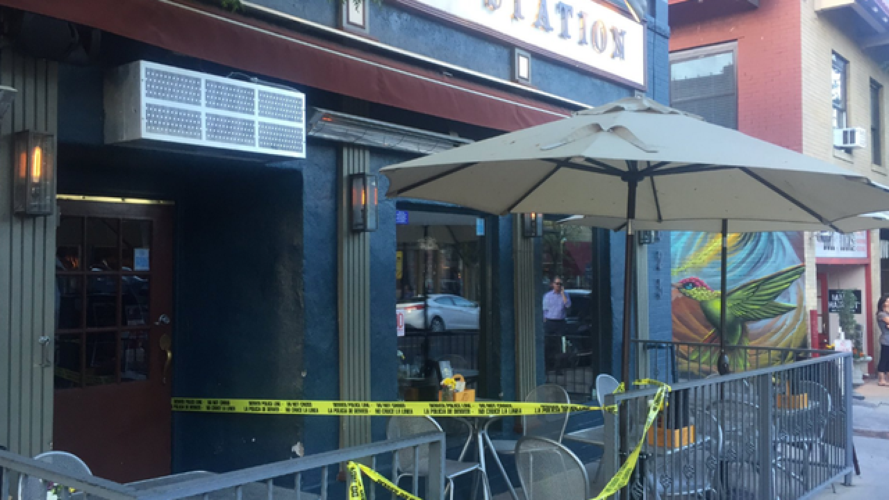 Man slits throat of patron in Denver restaurant