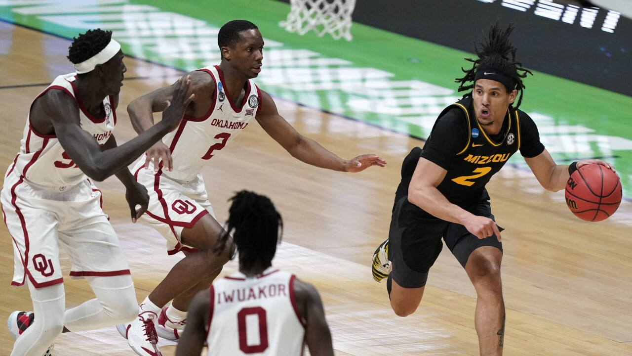 NCAA Missouri Oklahoma Basketball
