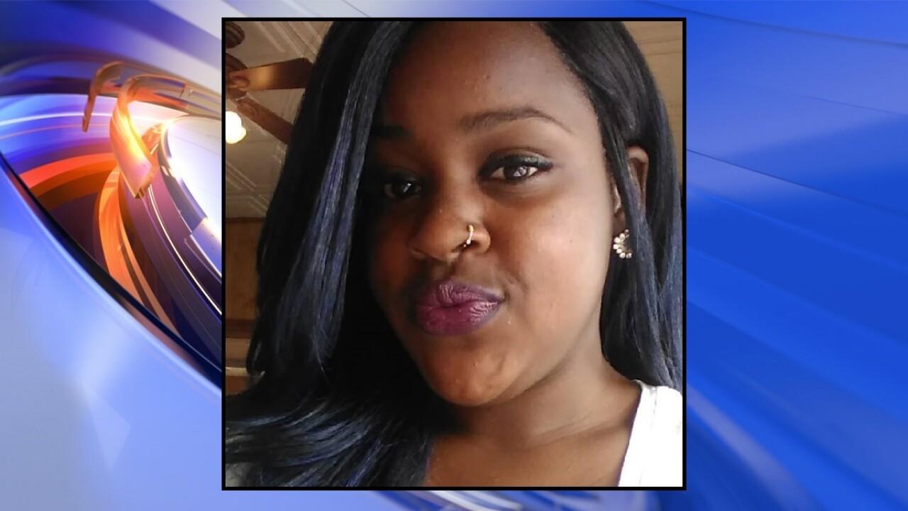 Newport News woman killed in crash on I-664 in Hampton; Driver fleesscene