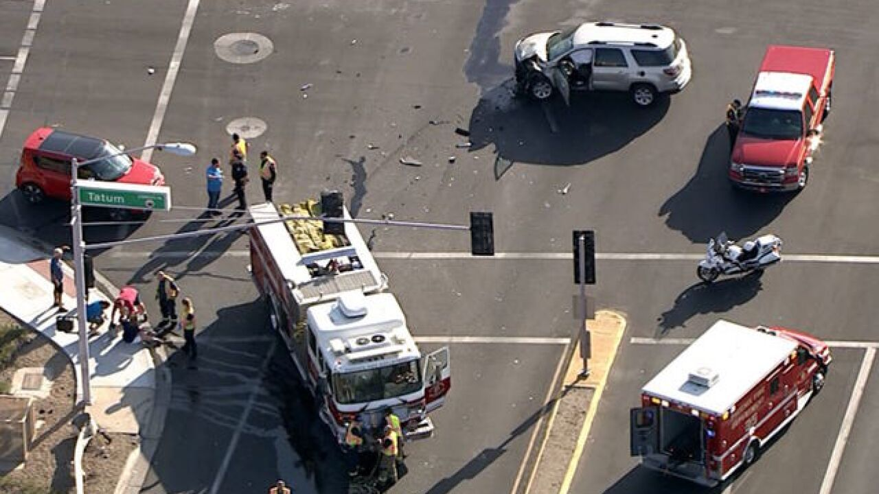 FD: 5 people injured in north Phoenix crash