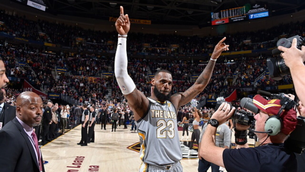 Big shot: LeBron's jumper at buzzer gives Cavs 140-138 win
