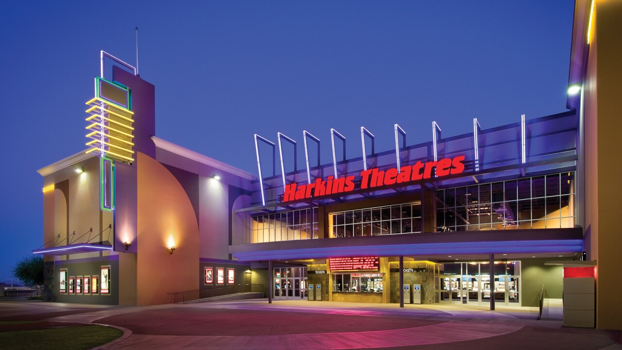 Sold Out Harkins Theatres To Host Pop Up Drive In This Weekend At Chandler Fashion Center Mall