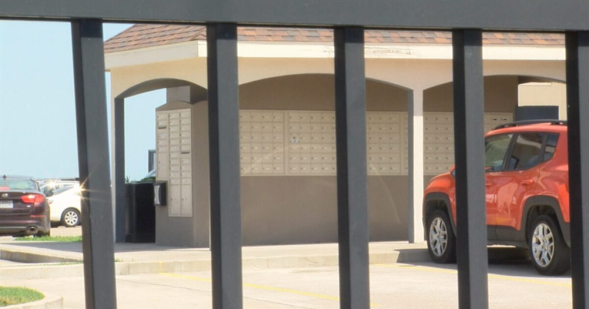 Mail stolen from locked mailboxes at gated apartment complex