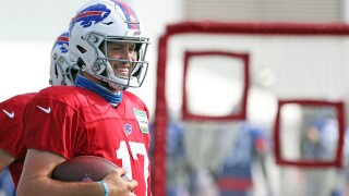 Josh Allen returns to practice after false-positive COVID-19 test