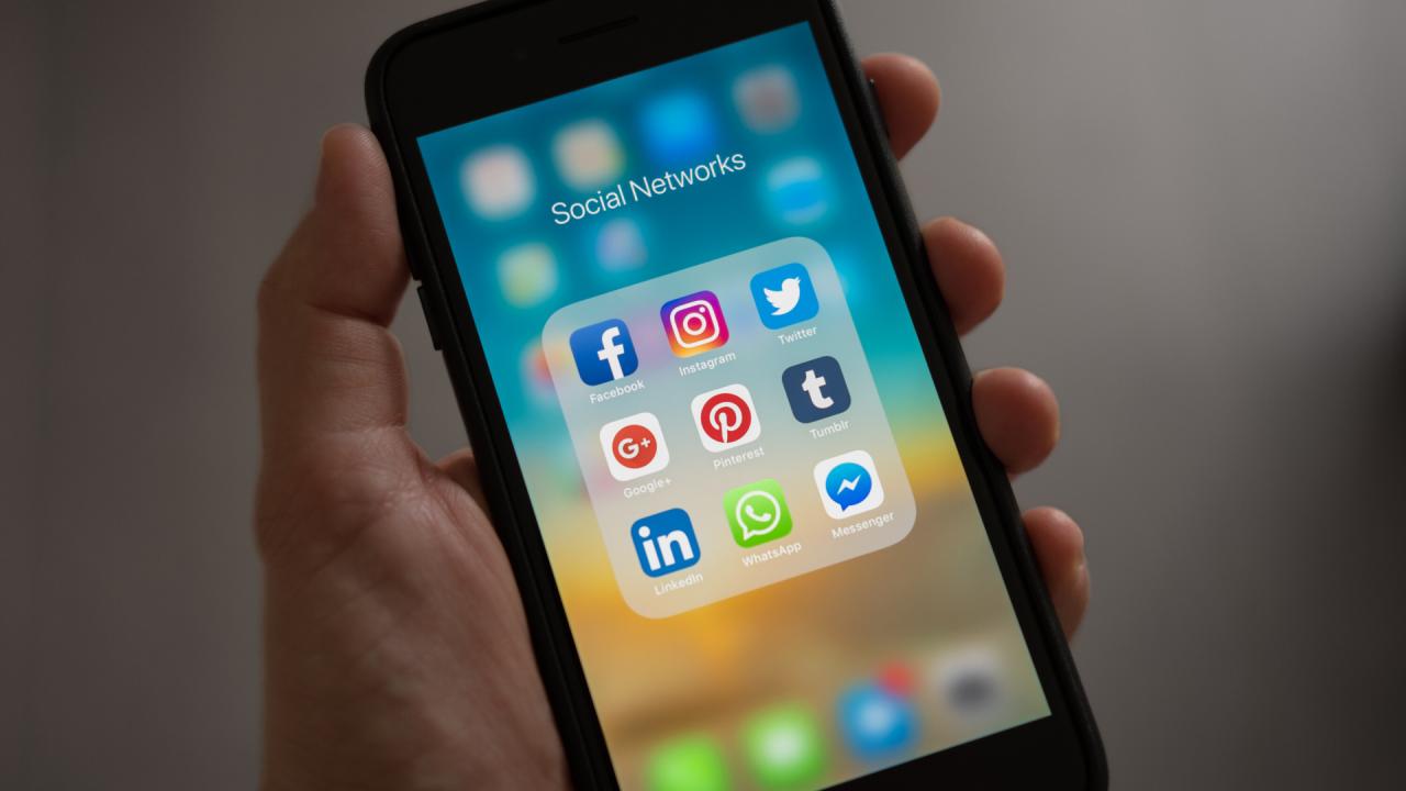 social-media-generic.png