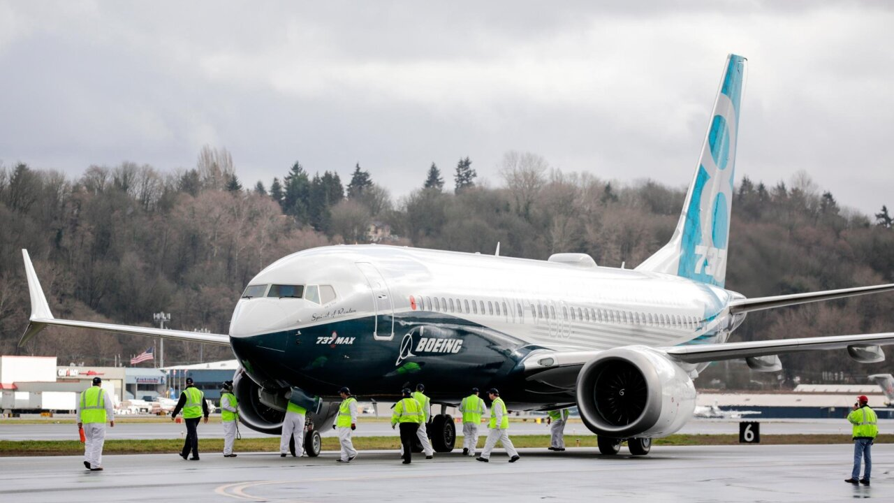 Boeing 737 Max jet makes emergency landing in Florida