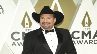 Garth Brooks Has A New Song And People Are Loving It