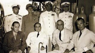 U.S._President_Roosevelt_and_Brazilian_President_Getulio_Vargas_aboard_USS_Humboldt_(AVP-21),_1943_(25132077365).jpg
