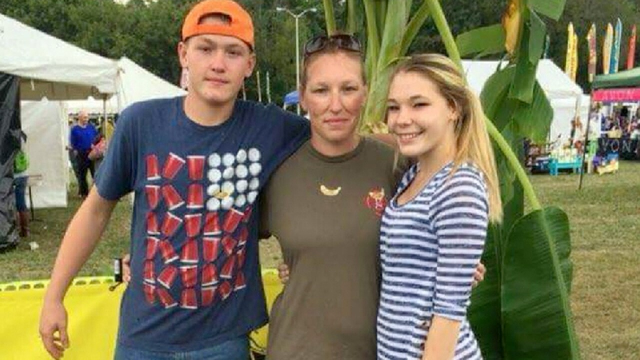 2 Teens Killed, 2 Injured In Dickson Co. Crash