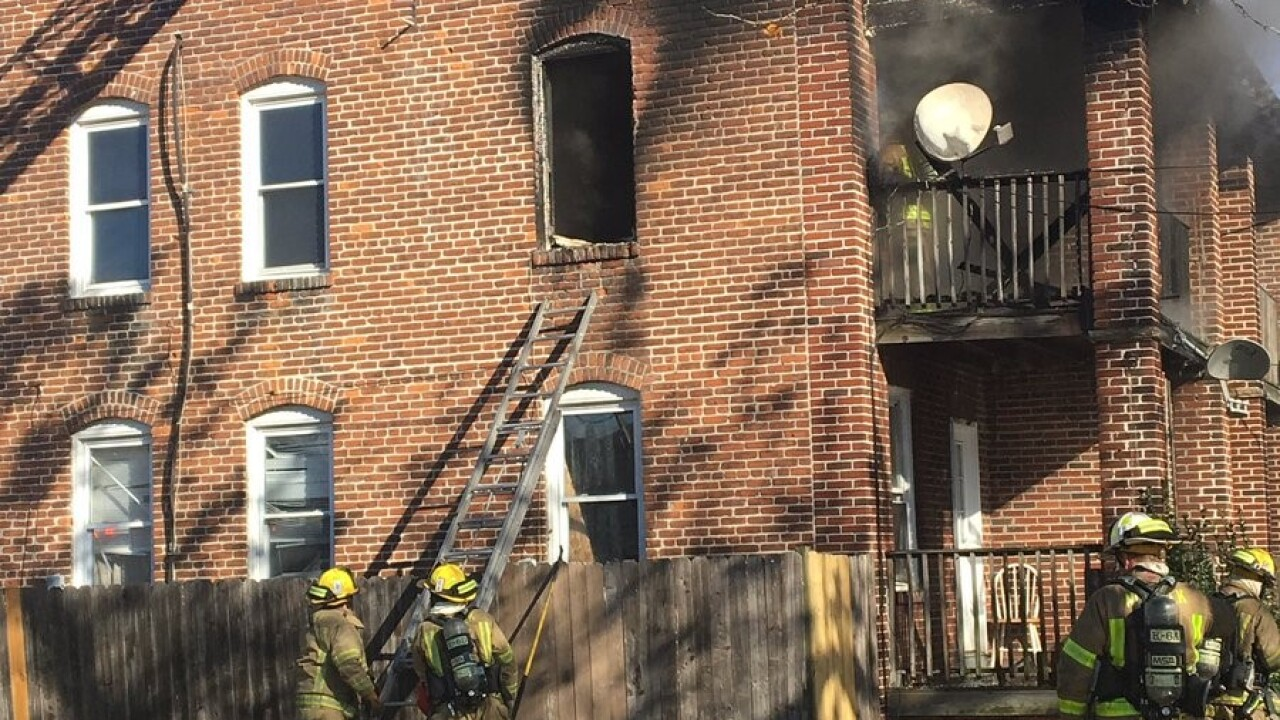 Eight displaced after apartment fire off Colley Ave. in Norfolk