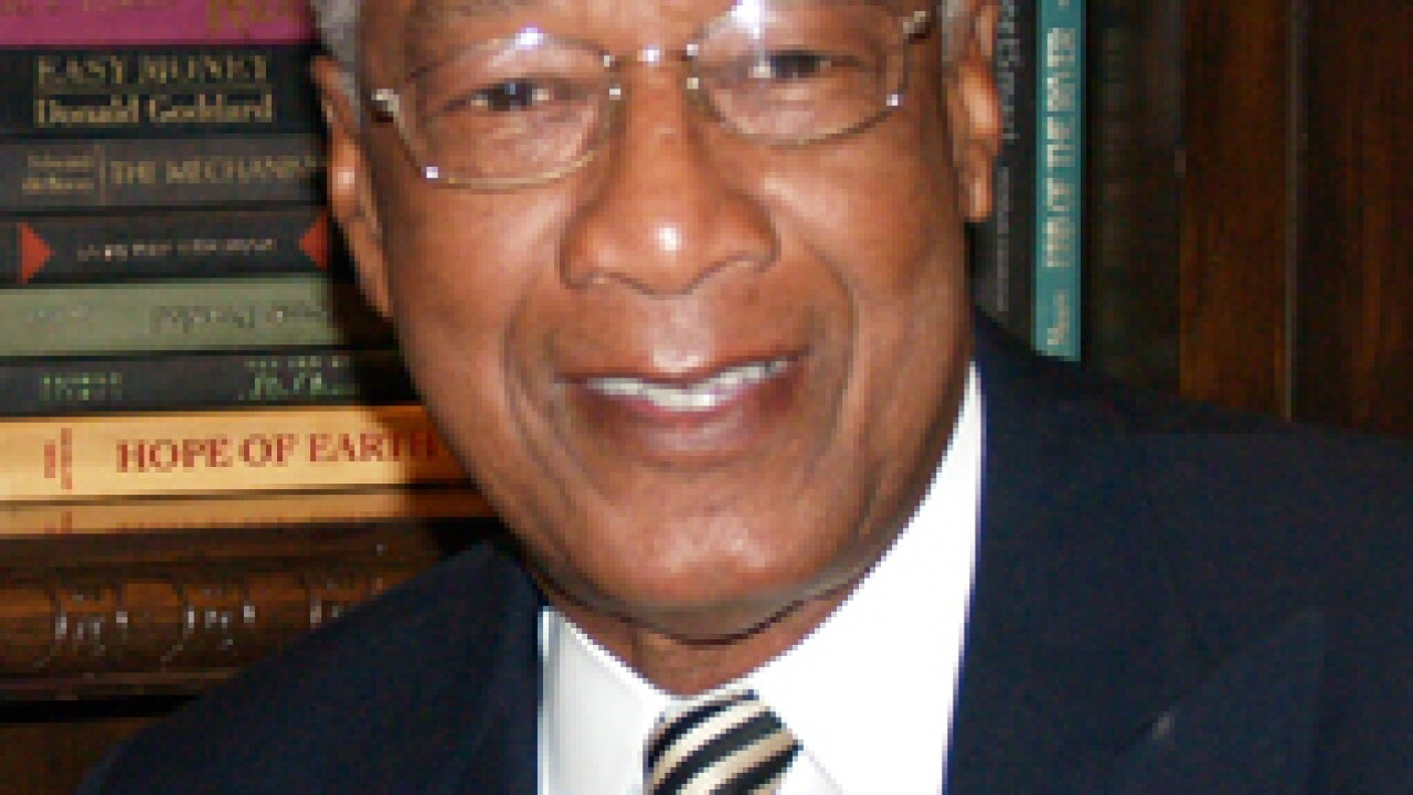 Dr. Robert L. Green