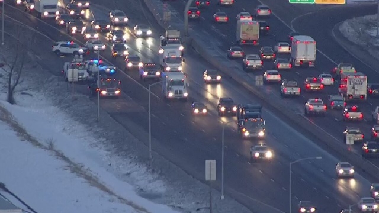 SB I-25 @ Happy Canyon, I-225 @ Parker closed