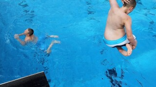 CDC issues warning on hotel swimming pools