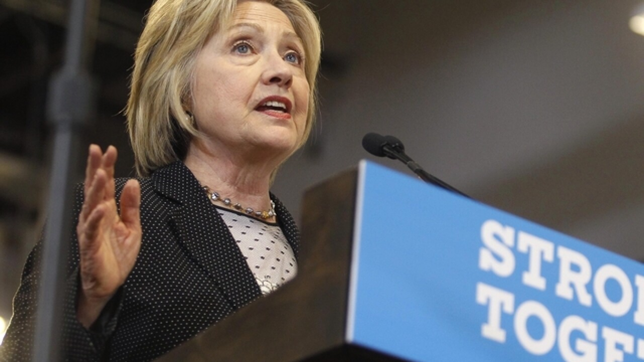Hillary Clinton raising big dollars at tiny fundraisers