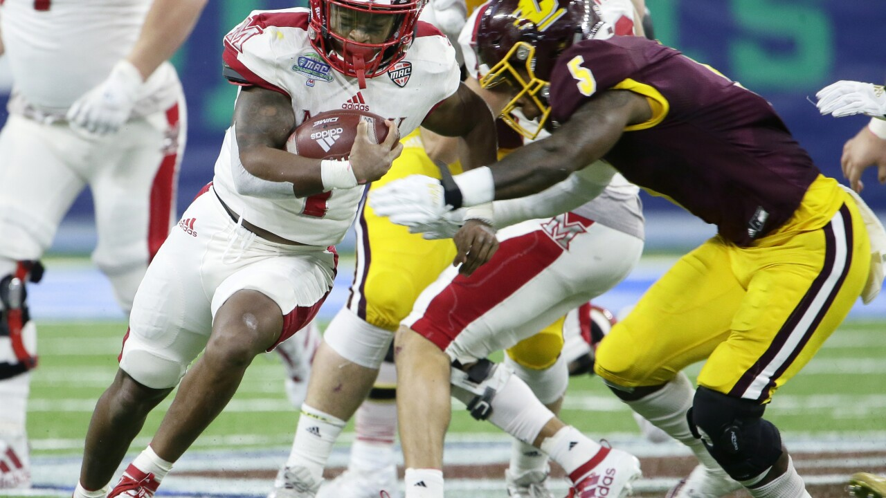 Miami (Ohio) holds off Central Michigan in MAC title game