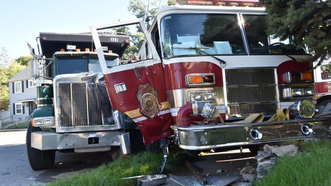 3 Indianapolis firefighters injured in collision