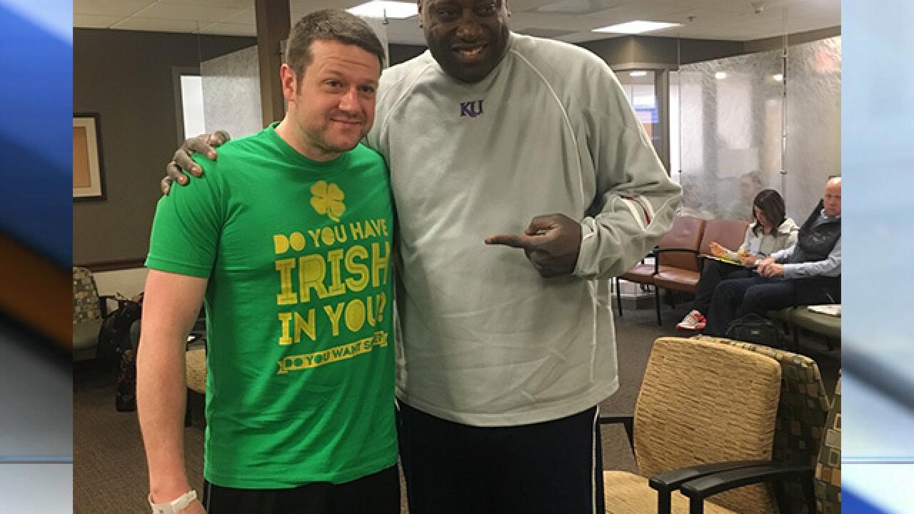 Former Kansas basketball player gets new kidney