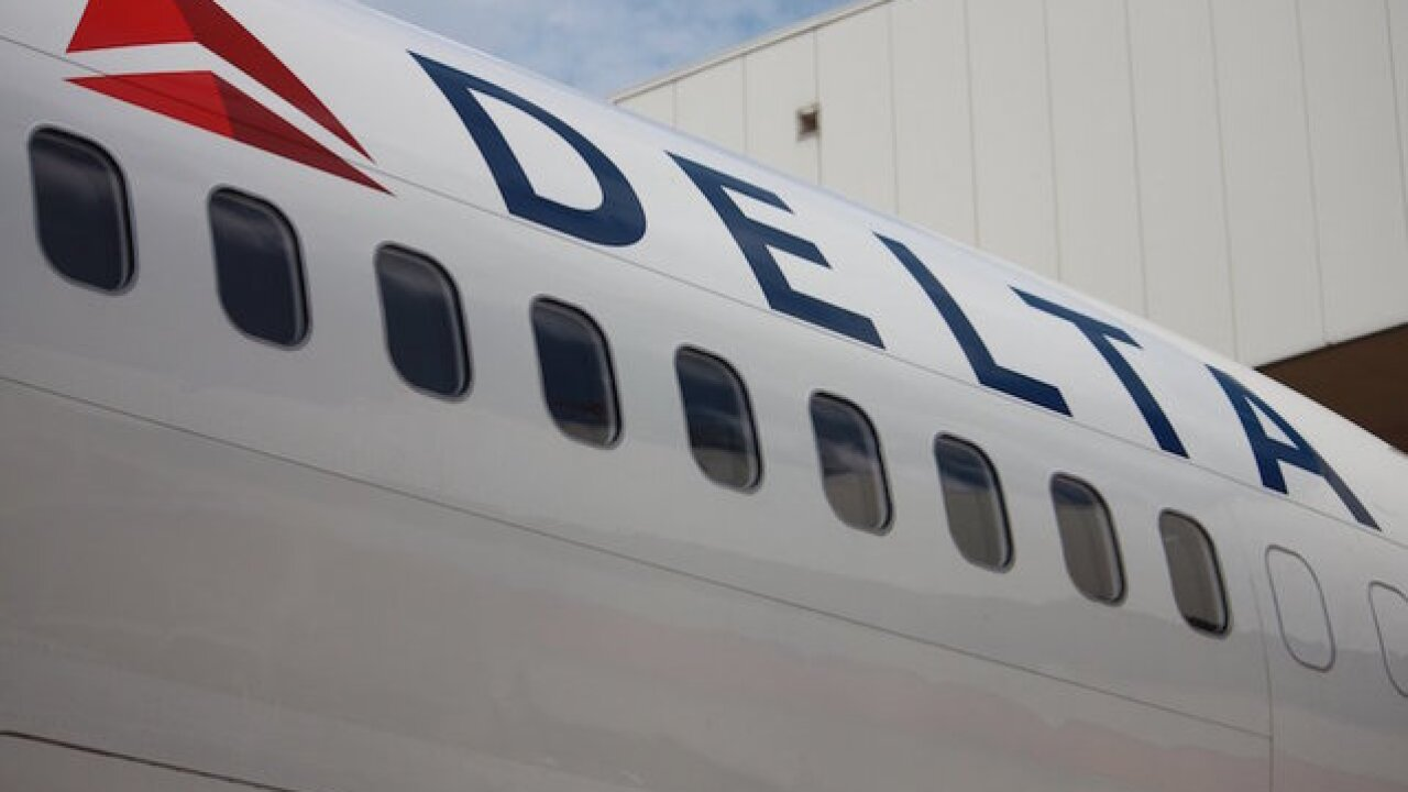 Man says Delta kicked him off flight for going to bathroom before takeoff