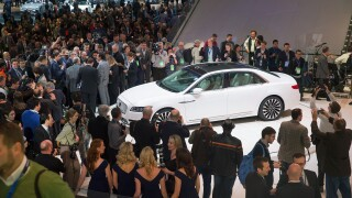 Thousands attend Detroit auto show for final day