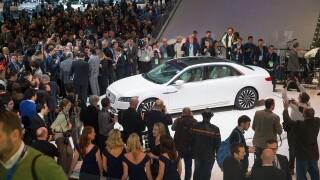 Thousands attend Detroit auto show for finalday
