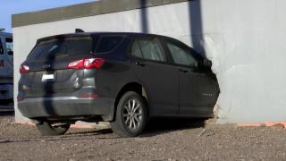 Car crashes into building in Black Eagle