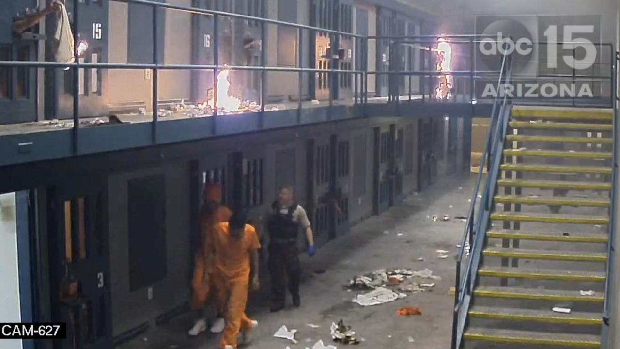 More mayhem at Lewis Prison: New videos show inmates lighting fires outside cells