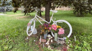 Ghost bike for Alexis Bounds