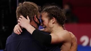 USA's Hildebrandt rebounds for wrestling bronze
