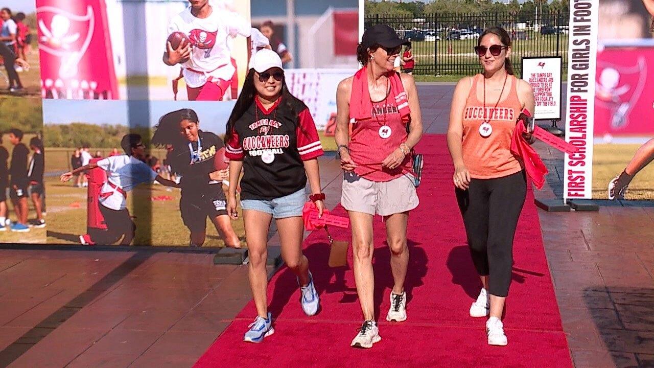 Bucs-Women-of-Red-WFTS-WAXLER.jpg
