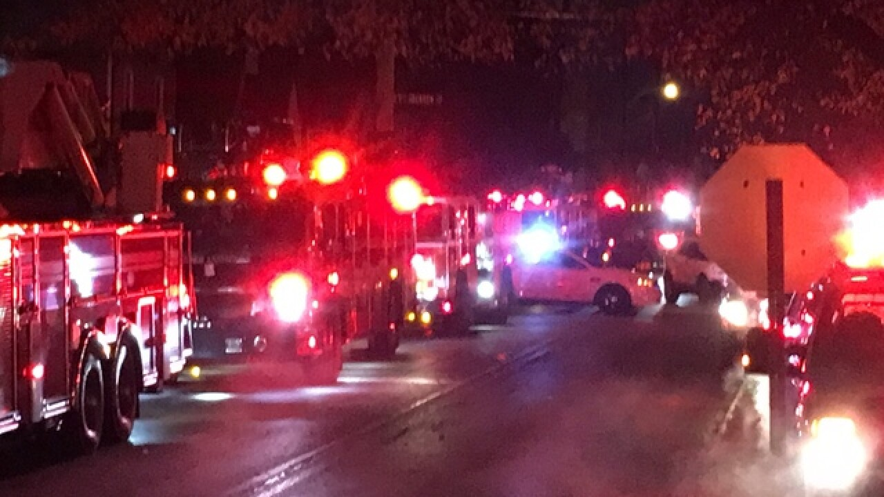 3 firefighters injured in vacant house fire