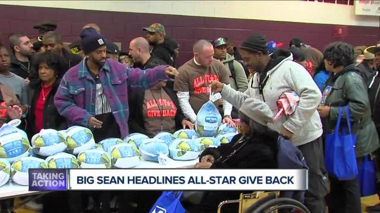 Big Sean, some of Detroit's biggest stars hand out 5,000 turkeys