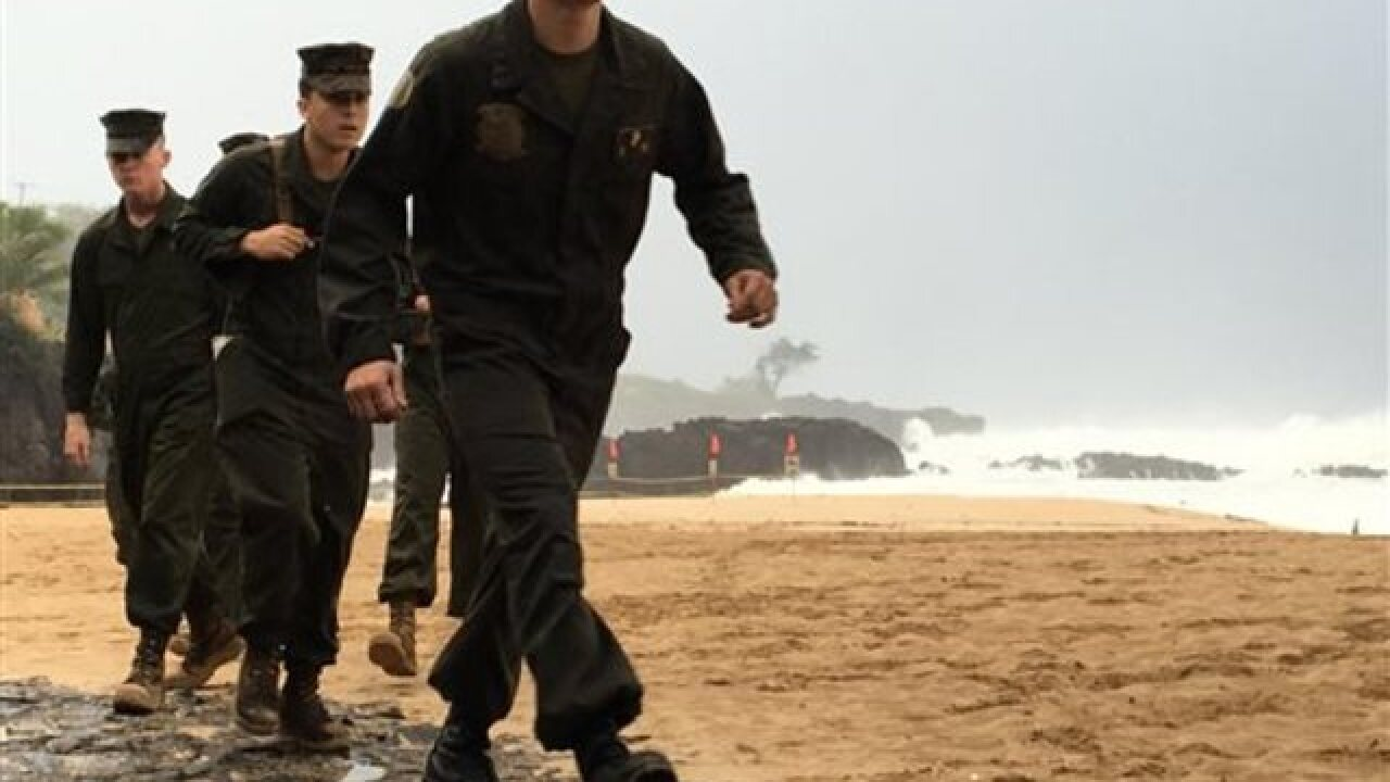Report: Military choppers collide off Hawaii