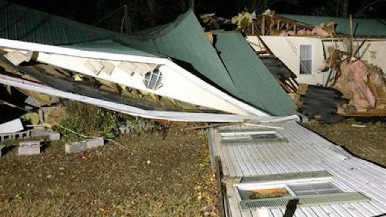 At least 5 killed in severe storms in Alabama, Tennessee