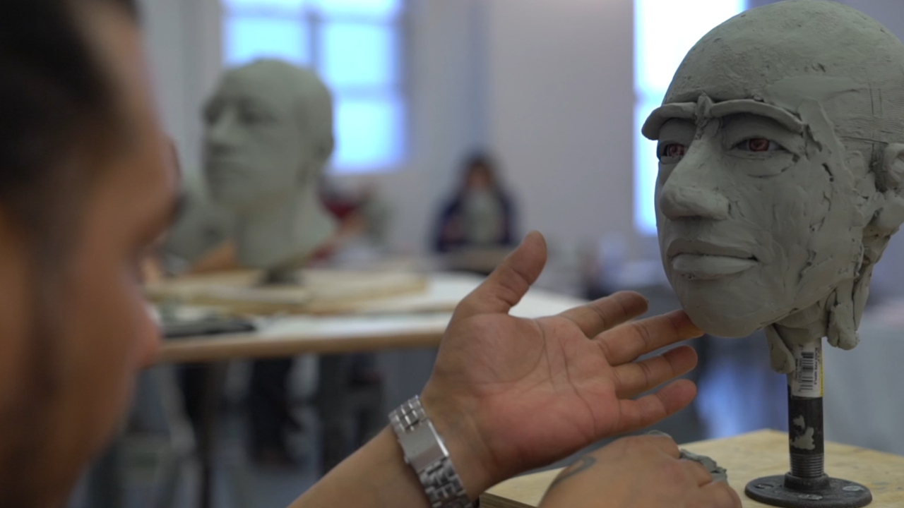 Art class uses forensic sculpting to build faces of unidentified migrants