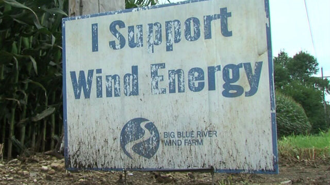 Debate over Henry County wind farms continues