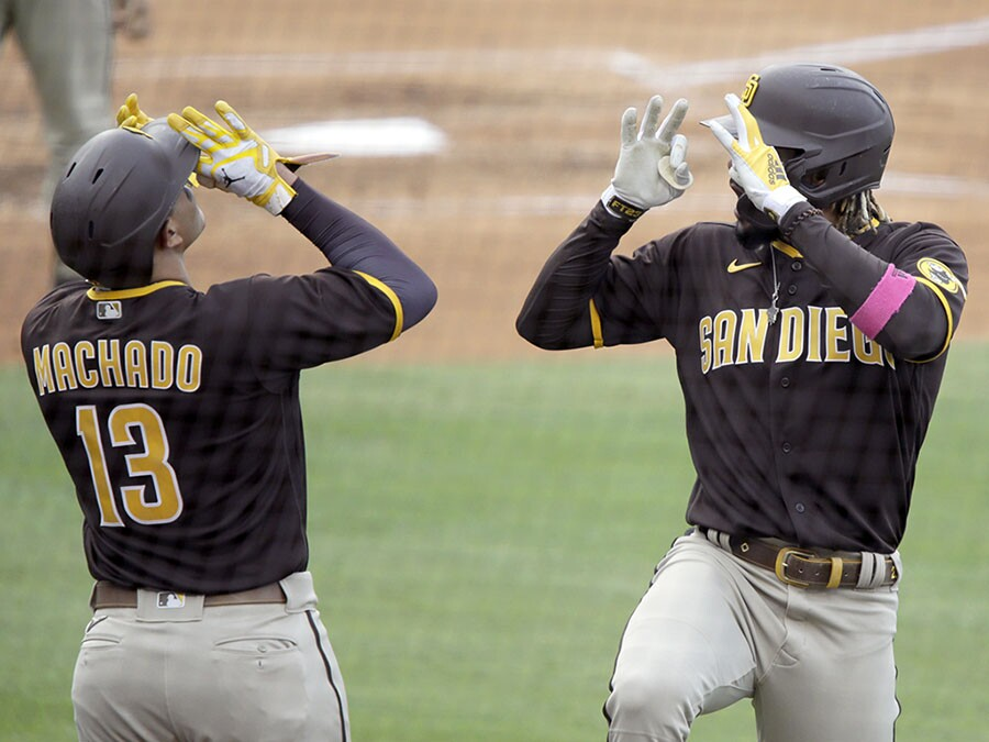 Padres rally from 7-1 deficit to beat Dodgers in LA