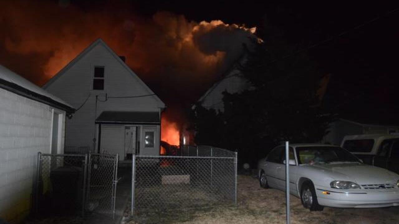 PHOTOS: 2 houses catch fire on English Avenue